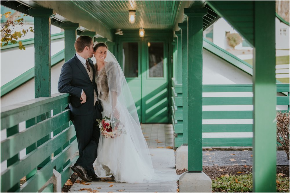 warm-springs-old-dairy-virginia-rustic-wedding-northeast-tennessee-elopement-adventuruous-photographer-katy-sergent_0036.jpg