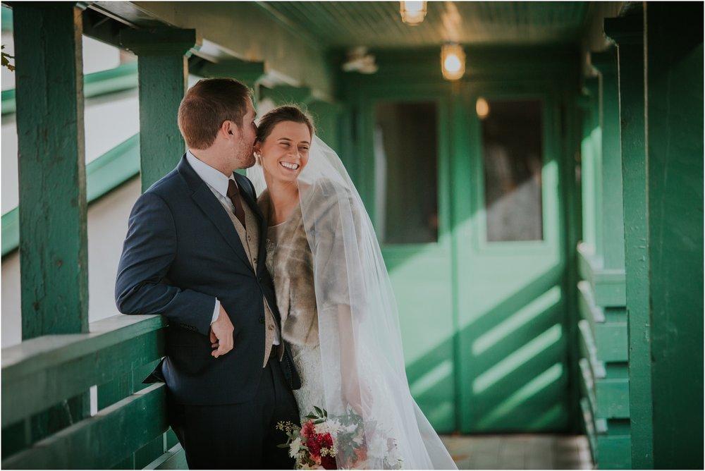warm-springs-old-dairy-virginia-rustic-wedding-northeast-tennessee-elopement-adventuruous-photographer-katy-sergent_0037.jpg