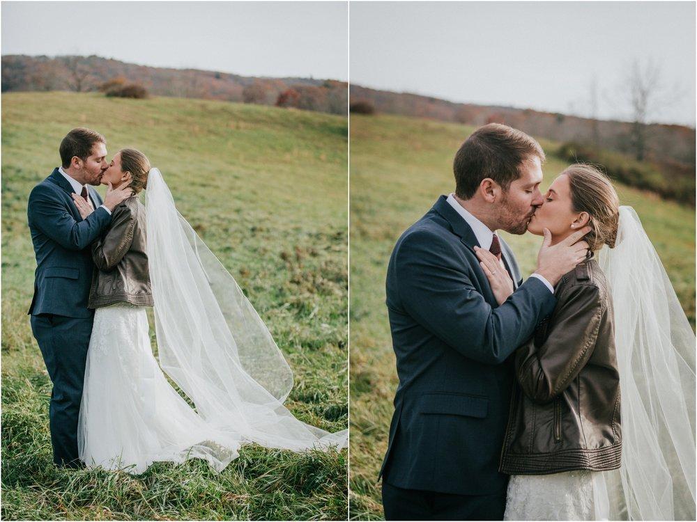 warm-springs-old-dairy-virginia-rustic-wedding-northeast-tennessee-elopement-adventuruous-photographer-katy-sergent_0047.jpg