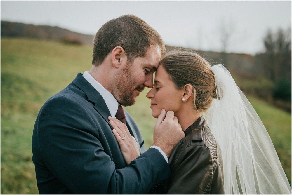 warm-springs-old-dairy-virginia-rustic-wedding-northeast-tennessee-elopement-adventuruous-photographer-katy-sergent_0048.jpg