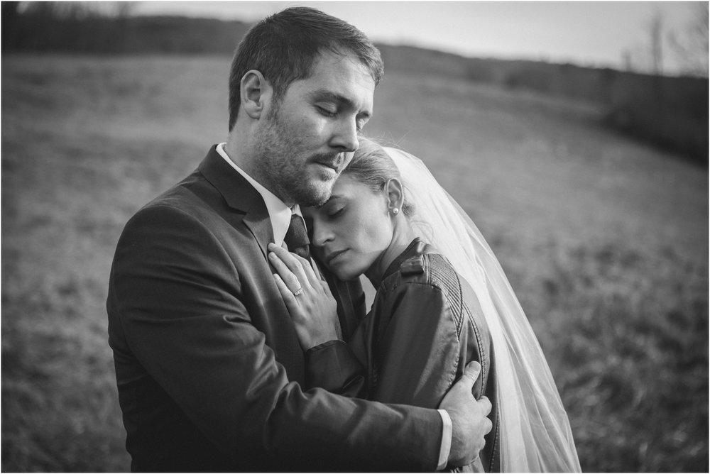 warm-springs-old-dairy-virginia-rustic-wedding-northeast-tennessee-elopement-adventuruous-photographer-katy-sergent_0049.jpg