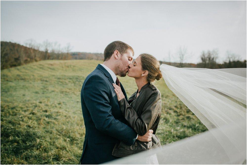 warm-springs-old-dairy-virginia-rustic-wedding-northeast-tennessee-elopement-adventuruous-photographer-katy-sergent_0052.jpg