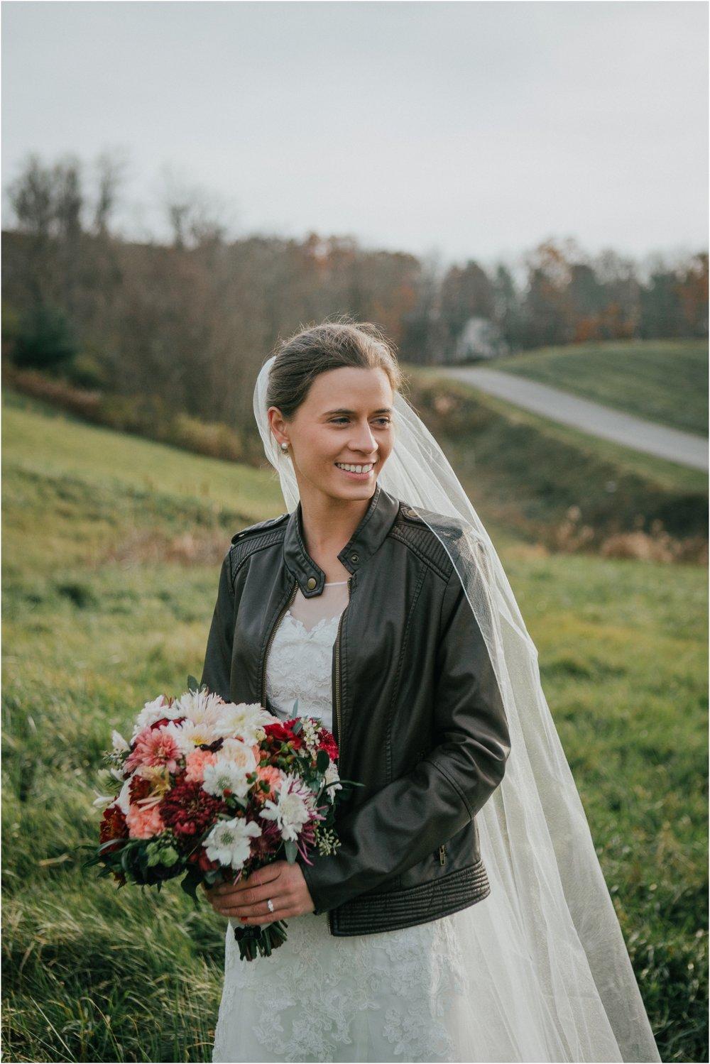 warm-springs-old-dairy-virginia-rustic-wedding-northeast-tennessee-elopement-adventuruous-photographer-katy-sergent_0060.jpg