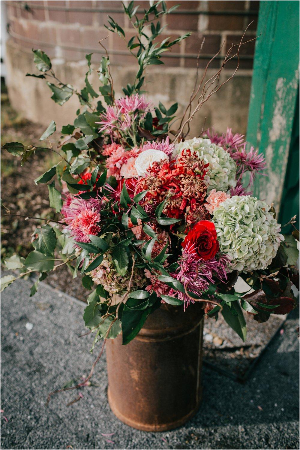 warm-springs-old-dairy-virginia-rustic-wedding-northeast-tennessee-elopement-adventuruous-photographer-katy-sergent_0076.jpg