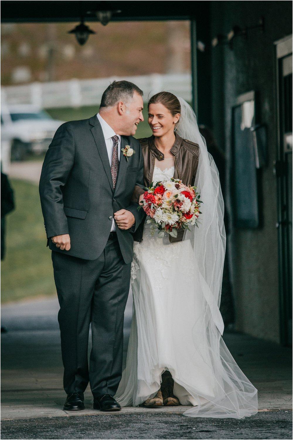 warm-springs-old-dairy-virginia-rustic-wedding-northeast-tennessee-elopement-adventuruous-photographer-katy-sergent_0081.jpg