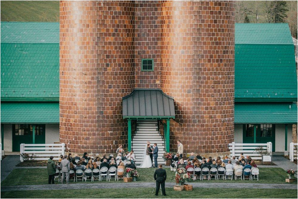 warm-springs-old-dairy-virginia-rustic-wedding-northeast-tennessee-elopement-adventuruous-photographer-katy-sergent_0086.jpg