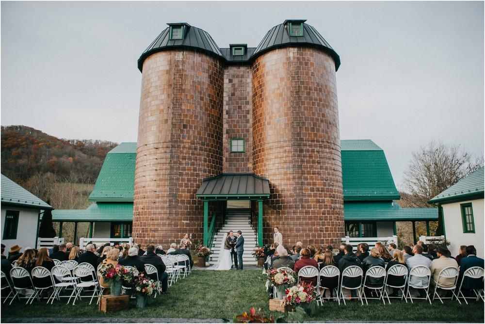 warm-springs-old-dairy-virginia-rustic-wedding-northeast-tennessee-elopement-adventuruous-photographer-katy-sergent_0088.jpg