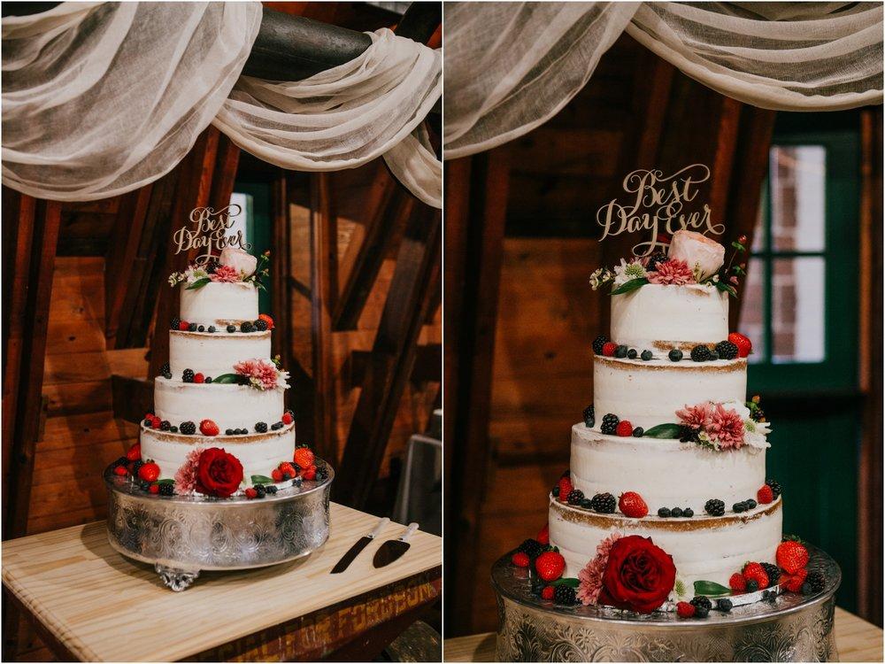warm-springs-old-dairy-virginia-rustic-wedding-northeast-tennessee-elopement-adventuruous-photographer-katy-sergent_0111.jpg