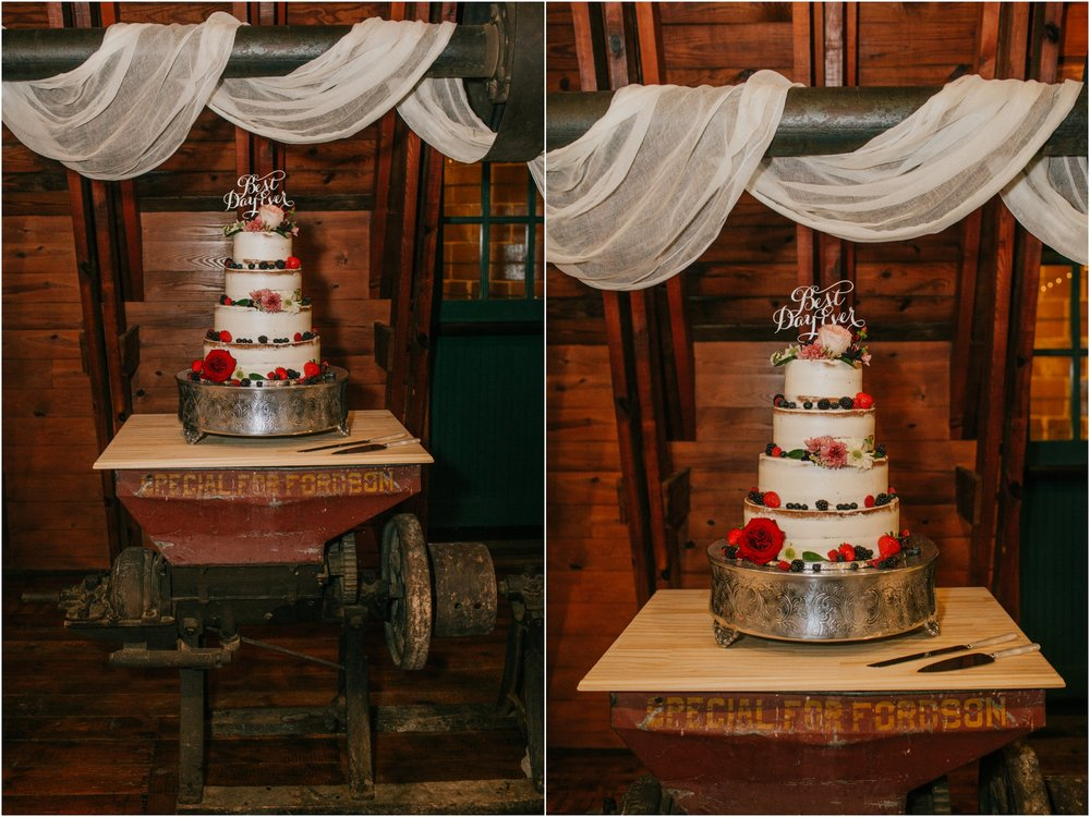 warm-springs-old-dairy-virginia-rustic-wedding-northeast-tennessee-elopement-adventuruous-photographer-katy-sergent_0116.jpg