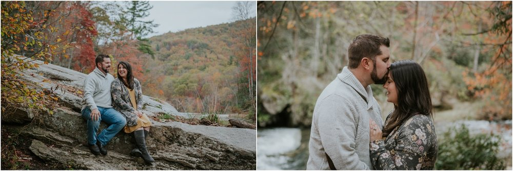 adventurous-what-to-wear-engagement-anniversary-couples-mountain-lake-outdoors-tennessee-session-katy-sergent_0019.jpg