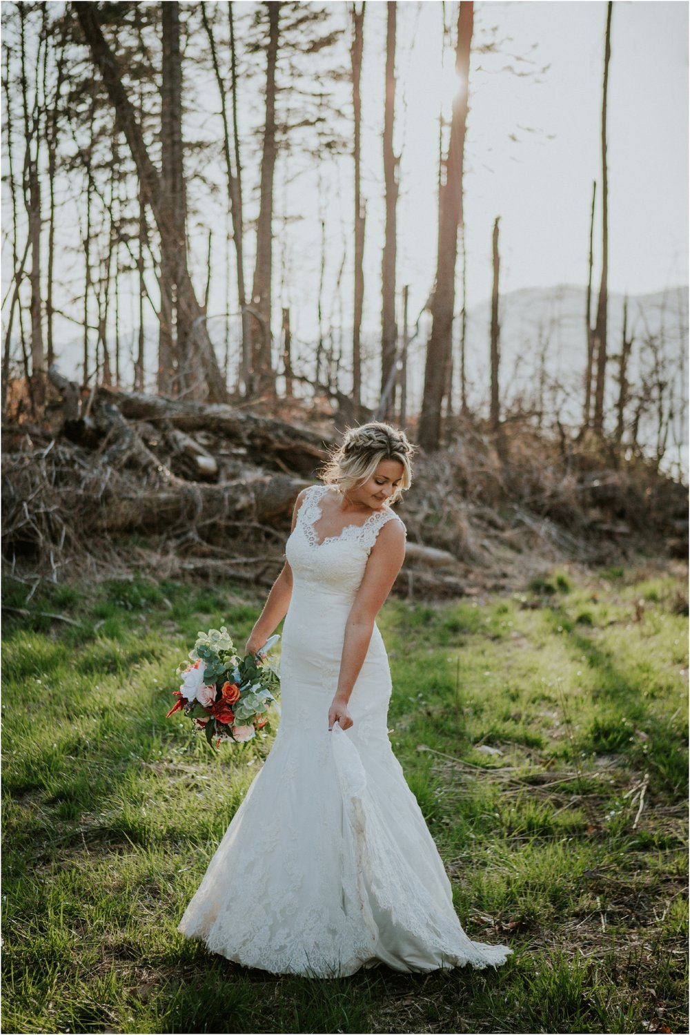 watauga-lake--bohemian-bridal-styled-session-northeast-tennessee-wedding-elopement-photography_0006.jpg