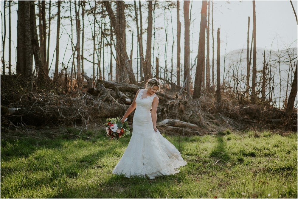 watauga-lake--bohemian-bridal-styled-session-northeast-tennessee-wedding-elopement-photography_0007.jpg
