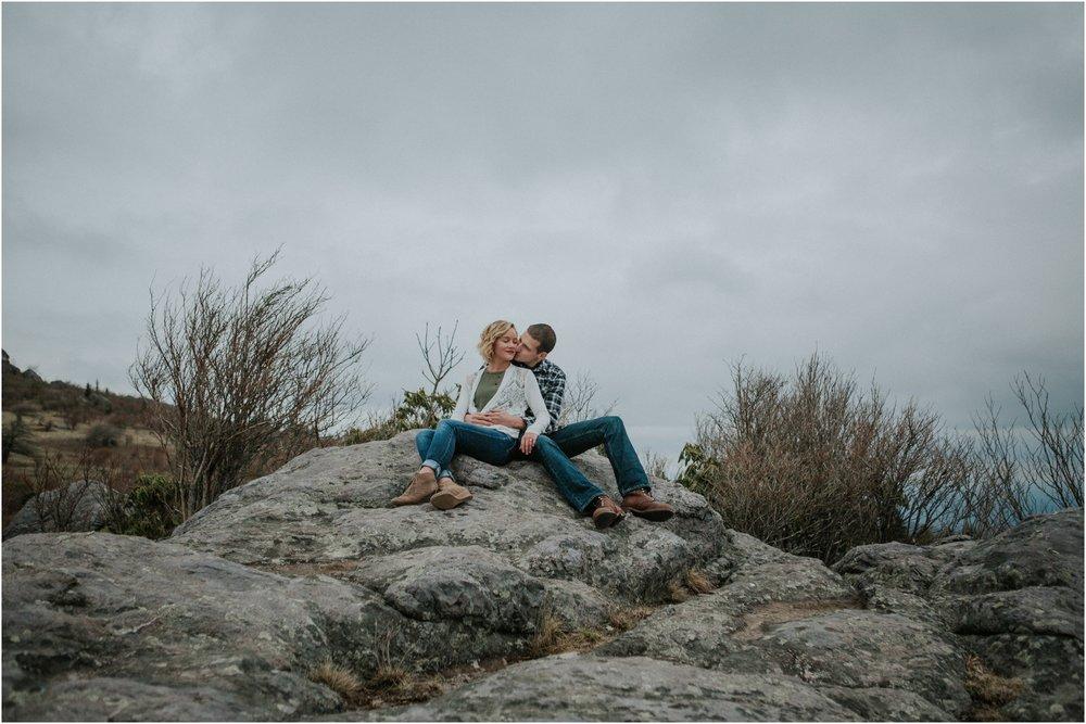 grayson-highlands-engagement-session-foggy-mountain-rustic-appalachian-virginia-katy-sergent-photography_0011.jpg