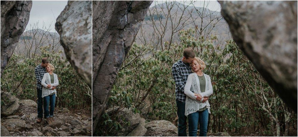grayson-highlands-engagement-session-foggy-mountain-rustic-appalachian-virginia-katy-sergent-photography_0018.jpg