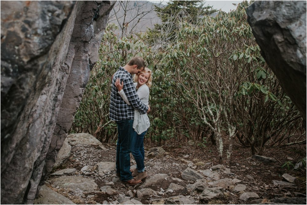 grayson-highlands-engagement-session-foggy-mountain-rustic-appalachian-virginia-katy-sergent-photography_0021.jpg