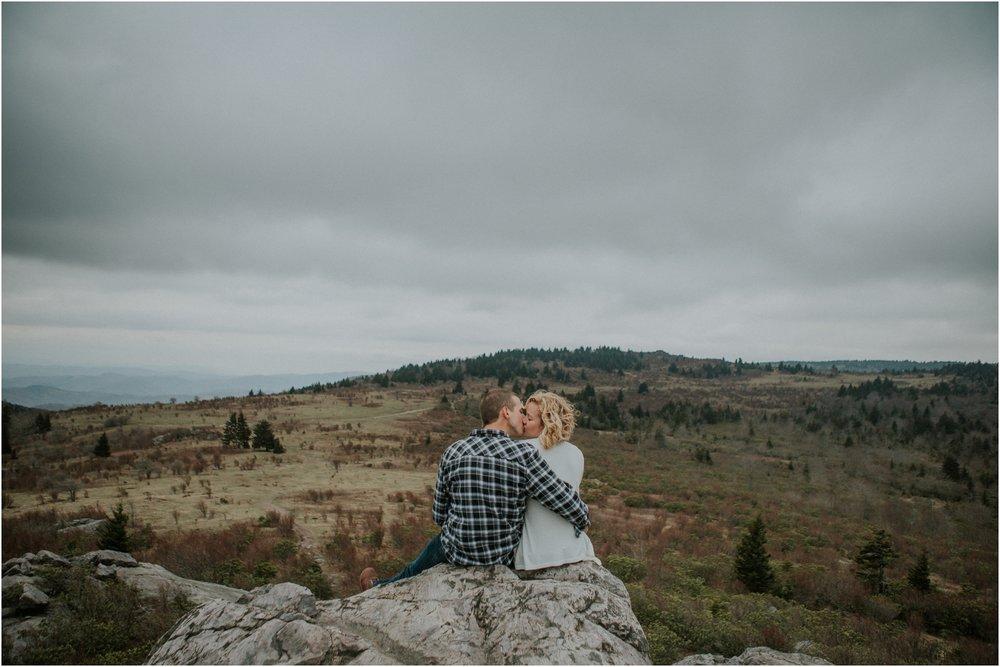grayson-highlands-engagement-session-foggy-mountain-rustic-appalachian-virginia-katy-sergent-photography_0026.jpg