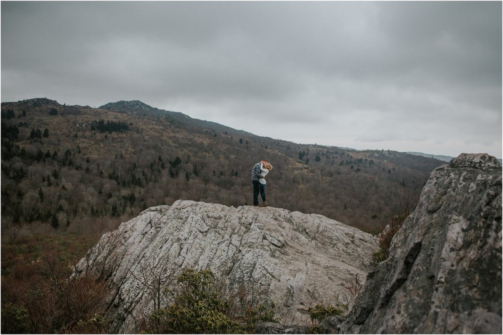 grayson-highlands-engagement-session-foggy-mountain-rustic-appalachian-virginia-katy-sergent-photography_0029.jpg