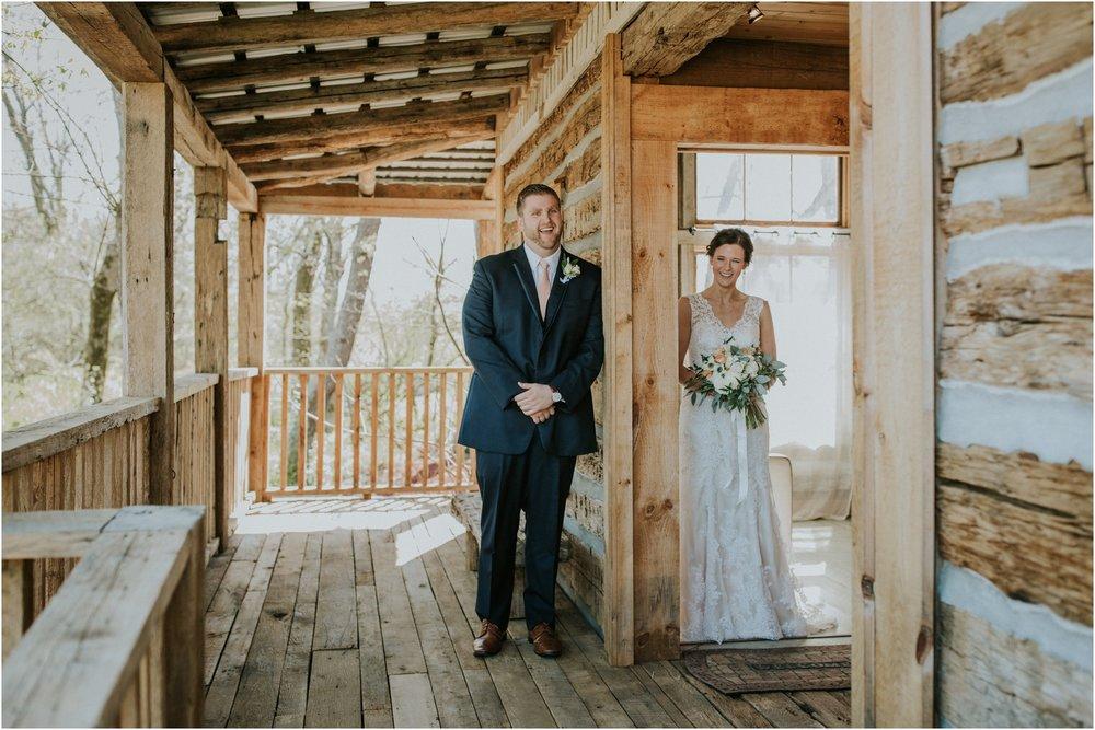 millstone-limestone-tn-tennessee-rustic-outdoors-pastel-lodge-cabin-venue-wedding-katy-sergent-photographer_0039.jpg