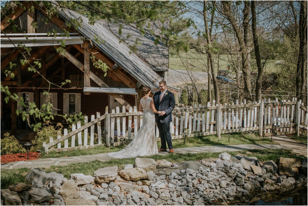 millstone-limestone-tn-tennessee-rustic-outdoors-pastel-lodge-cabin-venue-wedding-katy-sergent-photographer_0044.jpg