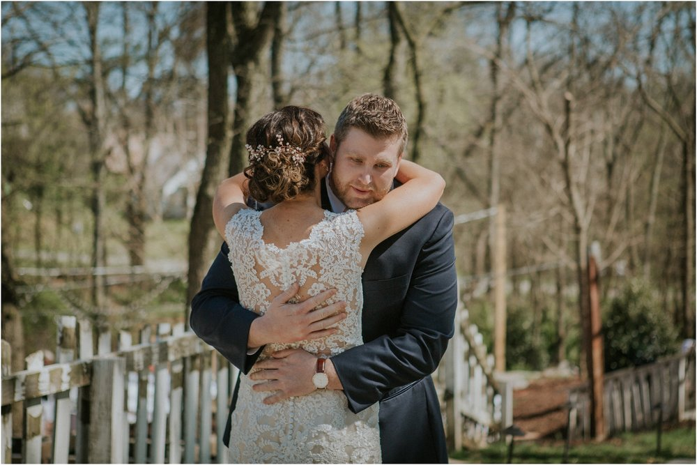 millstone-limestone-tn-tennessee-rustic-outdoors-pastel-lodge-cabin-venue-wedding-katy-sergent-photographer_0046.jpg