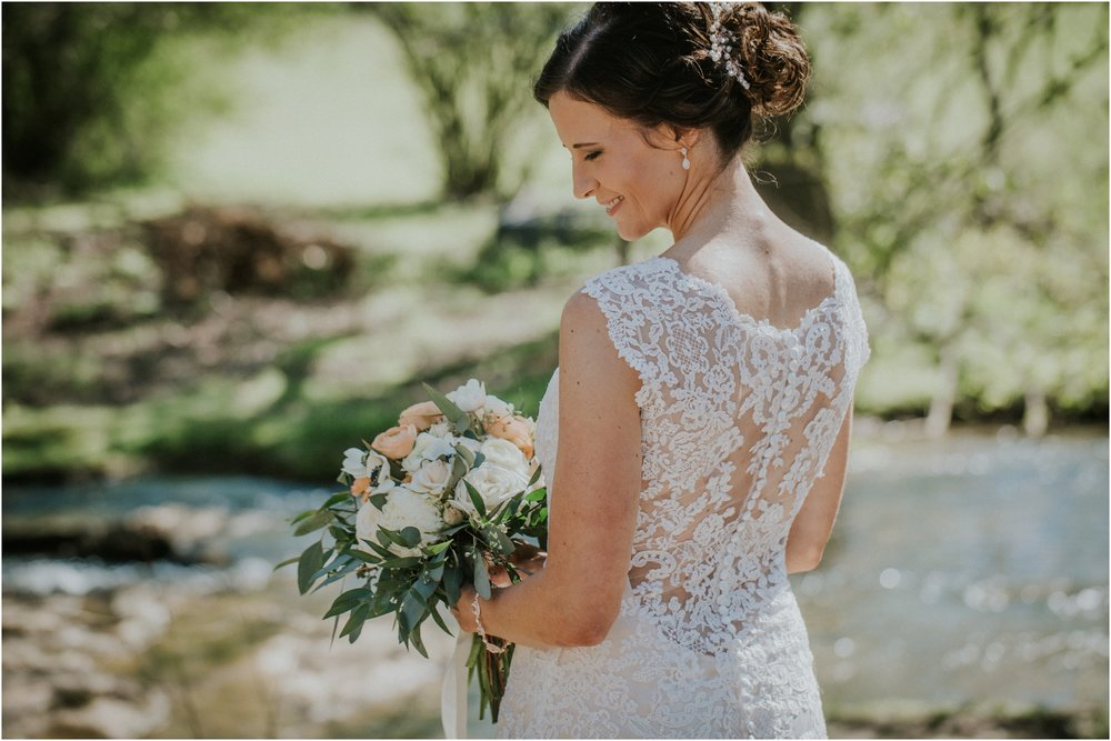 millstone-limestone-tn-tennessee-rustic-outdoors-pastel-lodge-cabin-venue-wedding-katy-sergent-photographer_0049.jpg