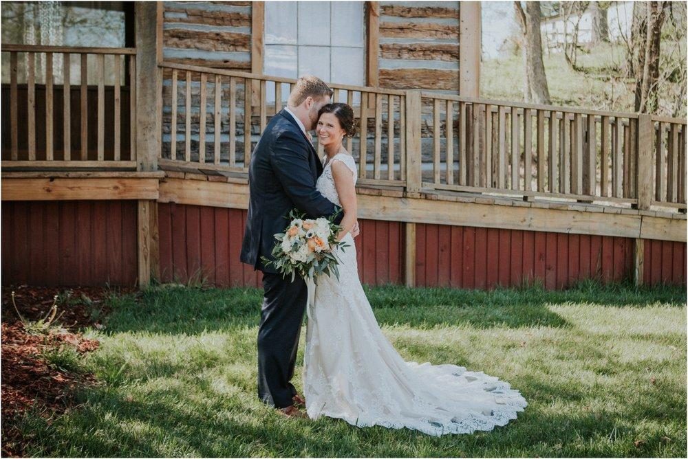 millstone-limestone-tn-tennessee-rustic-outdoors-pastel-lodge-cabin-venue-wedding-katy-sergent-photographer_0056.jpg