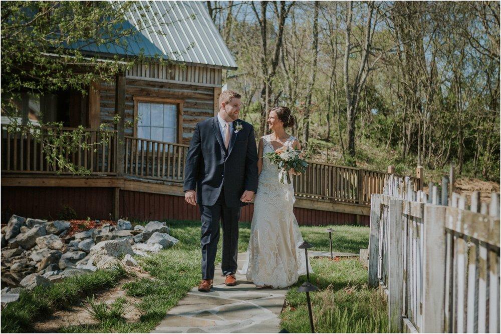 millstone-limestone-tn-tennessee-rustic-outdoors-pastel-lodge-cabin-venue-wedding-katy-sergent-photographer_0059.jpg