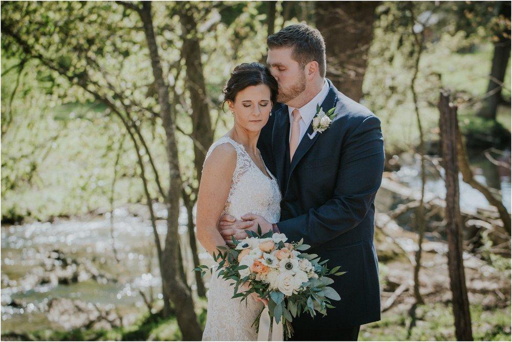 millstone-limestone-tn-tennessee-rustic-outdoors-pastel-lodge-cabin-venue-wedding-katy-sergent-photographer_0063.jpg