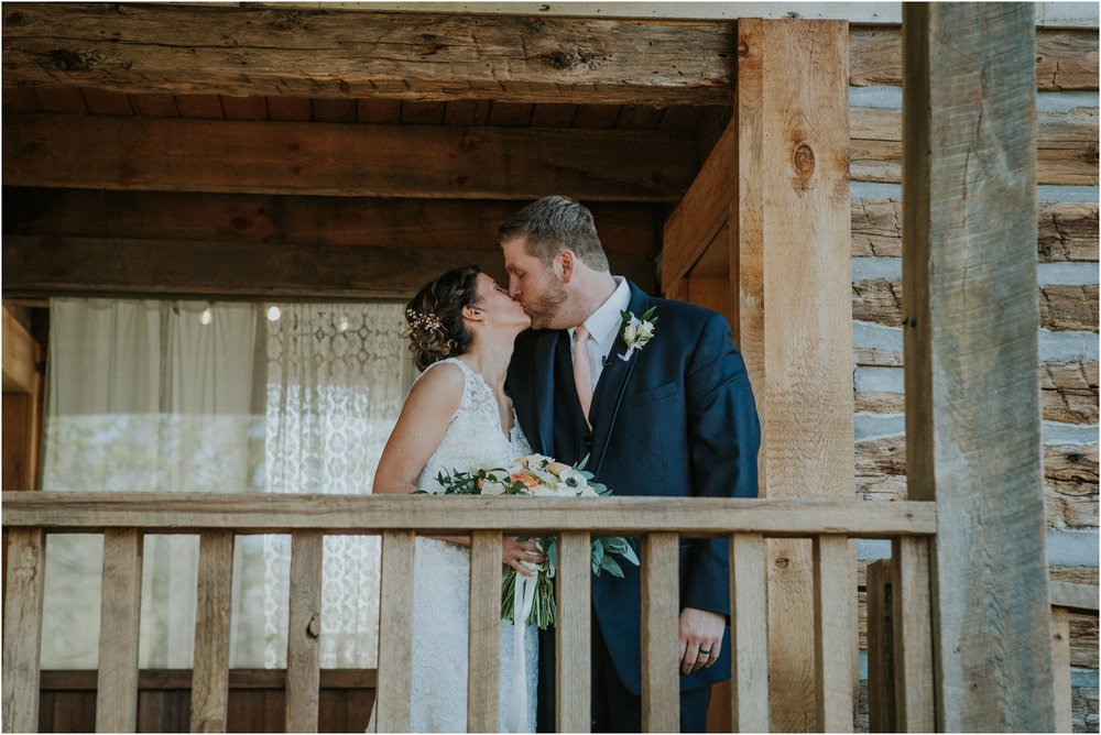 millstone-limestone-tn-tennessee-rustic-outdoors-pastel-lodge-cabin-venue-wedding-katy-sergent-photographer_0065.jpg