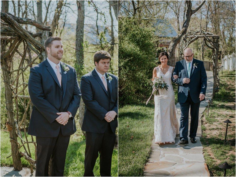 millstone-limestone-tn-tennessee-rustic-outdoors-pastel-lodge-cabin-venue-wedding-katy-sergent-photographer_0090.jpg