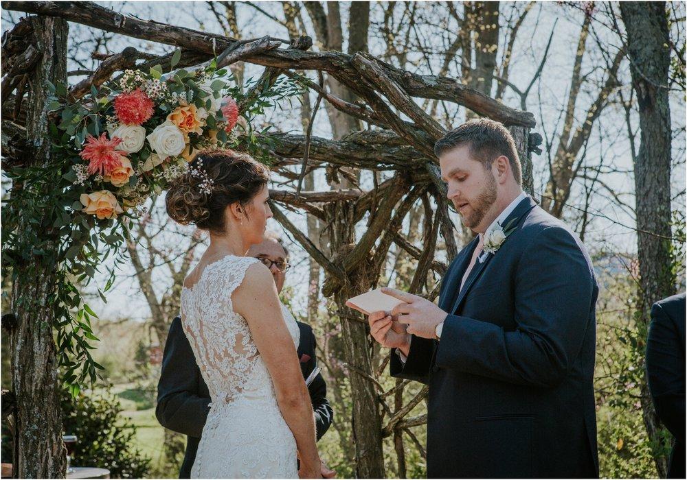 millstone-limestone-tn-tennessee-rustic-outdoors-pastel-lodge-cabin-venue-wedding-katy-sergent-photographer_0094.jpg
