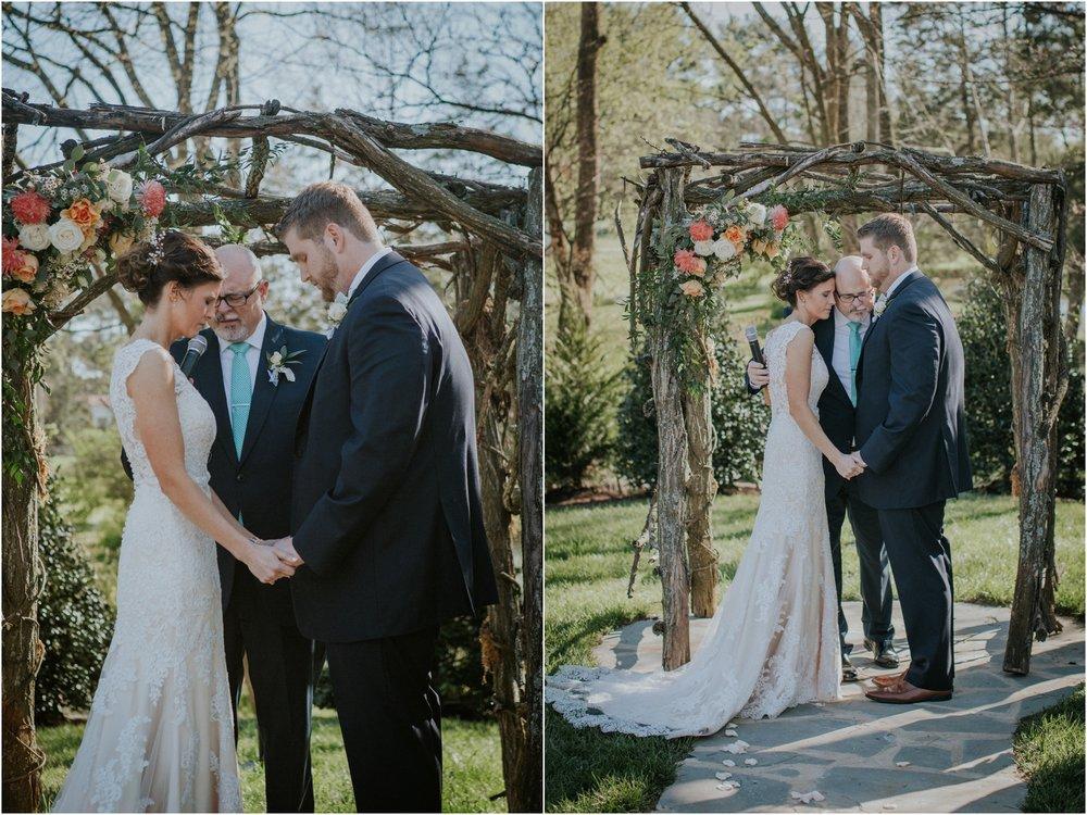 millstone-limestone-tn-tennessee-rustic-outdoors-pastel-lodge-cabin-venue-wedding-katy-sergent-photographer_0105.jpg
