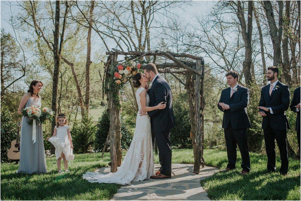 millstone-limestone-tn-tennessee-rustic-outdoors-pastel-lodge-cabin-venue-wedding-katy-sergent-photographer_0108.jpg