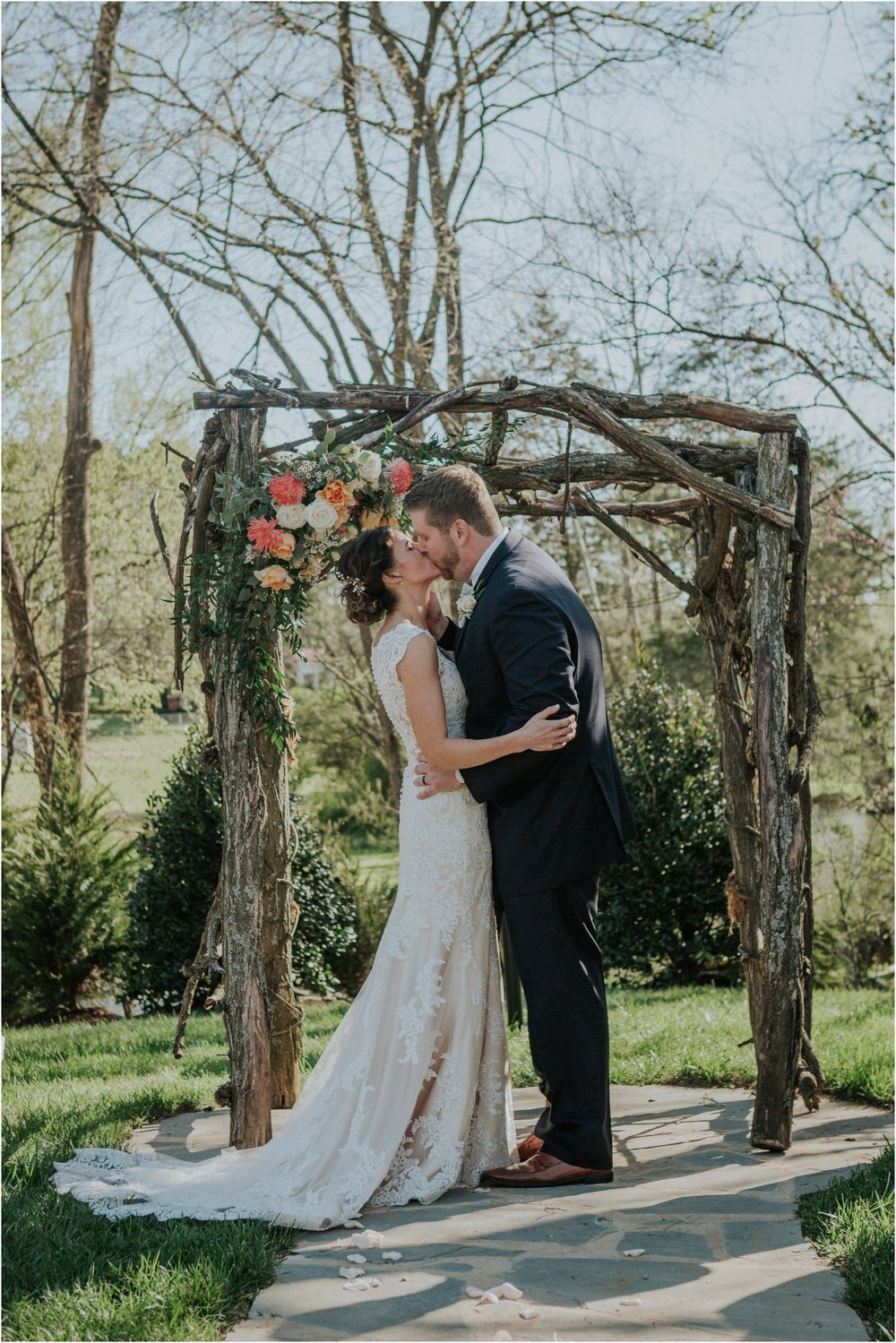 millstone-limestone-tn-tennessee-rustic-outdoors-pastel-lodge-cabin-venue-wedding-katy-sergent-photographer_0107.jpg
