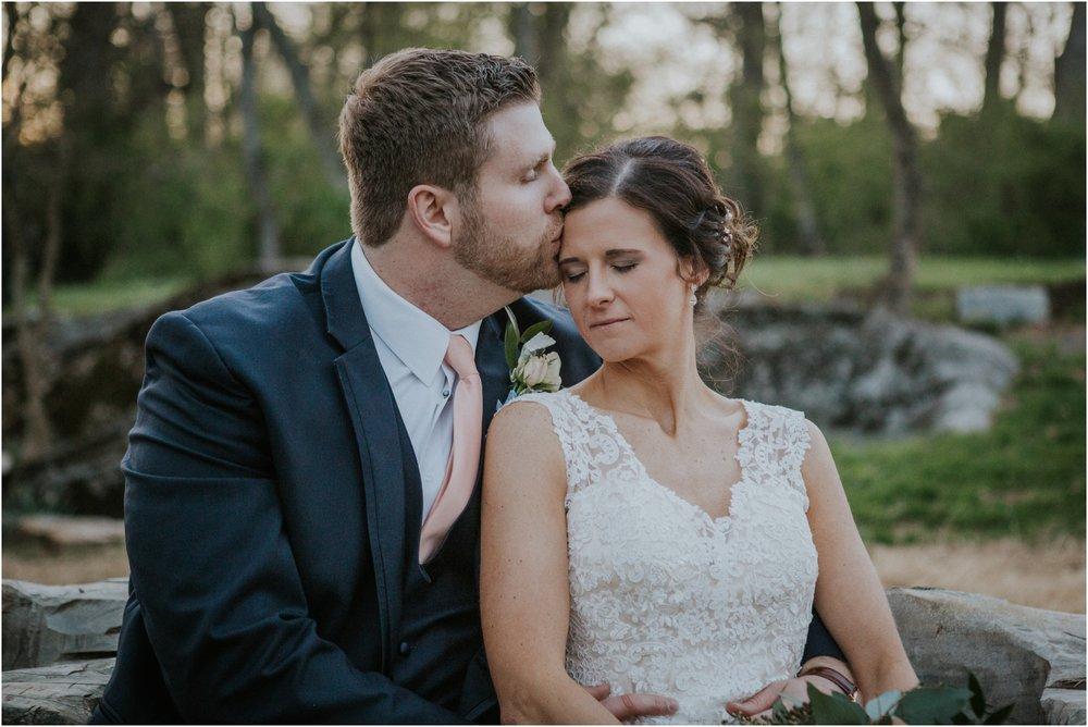 millstone-limestone-tn-tennessee-rustic-outdoors-pastel-lodge-cabin-venue-wedding-katy-sergent-photographer_0128.jpg