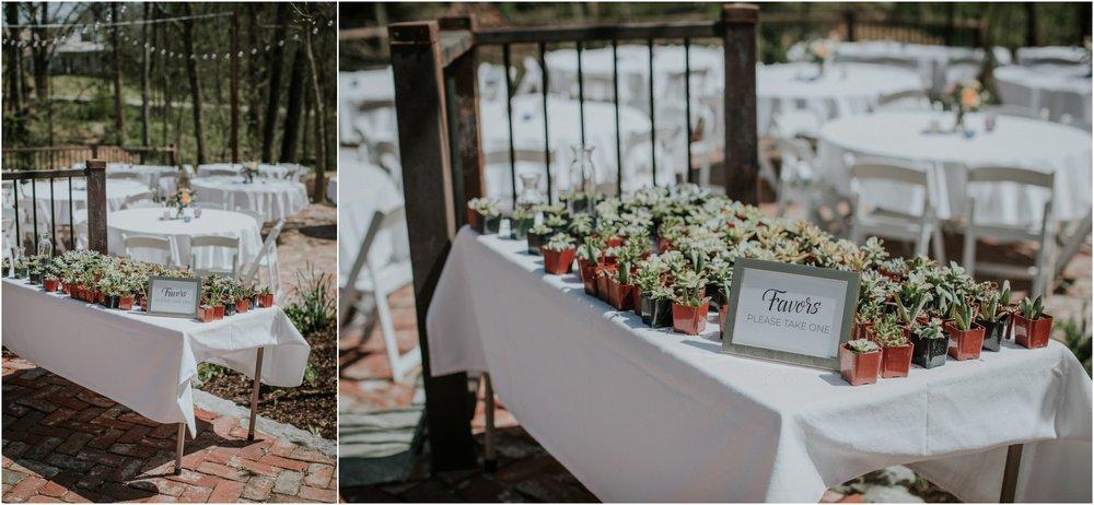 millstone-limestone-tn-tennessee-rustic-outdoors-pastel-lodge-cabin-venue-wedding-katy-sergent-photographer_0139.jpg