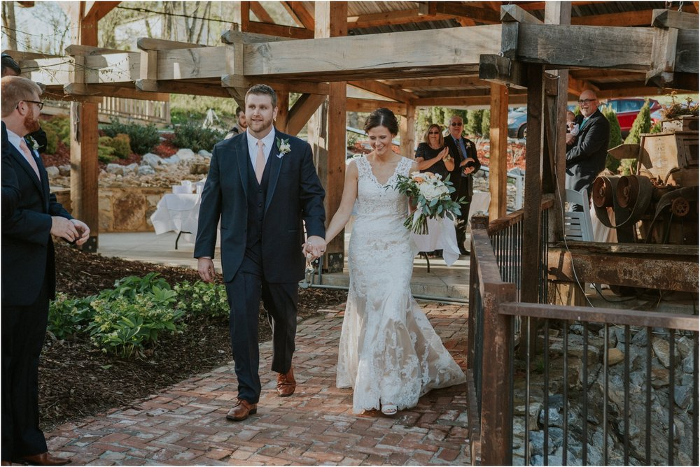 millstone-limestone-tn-tennessee-rustic-outdoors-pastel-lodge-cabin-venue-wedding-katy-sergent-photographer_0145.jpg