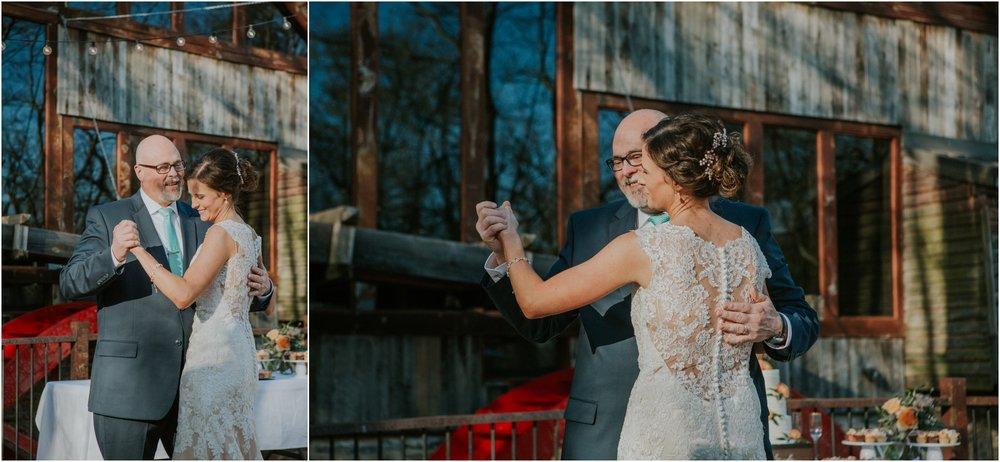 millstone-limestone-tn-tennessee-rustic-outdoors-pastel-lodge-cabin-venue-wedding-katy-sergent-photographer_0151.jpg