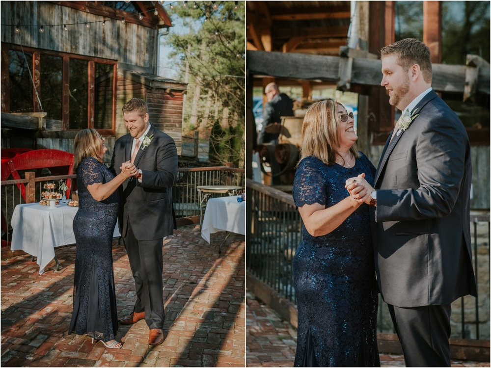 millstone-limestone-tn-tennessee-rustic-outdoors-pastel-lodge-cabin-venue-wedding-katy-sergent-photographer_0153.jpg