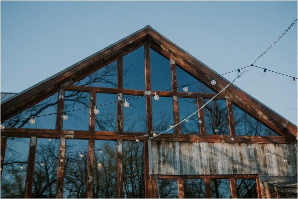 millstone-limestone-tn-tennessee-rustic-outdoors-pastel-lodge-cabin-venue-wedding-katy-sergent-photographer_0155.jpg