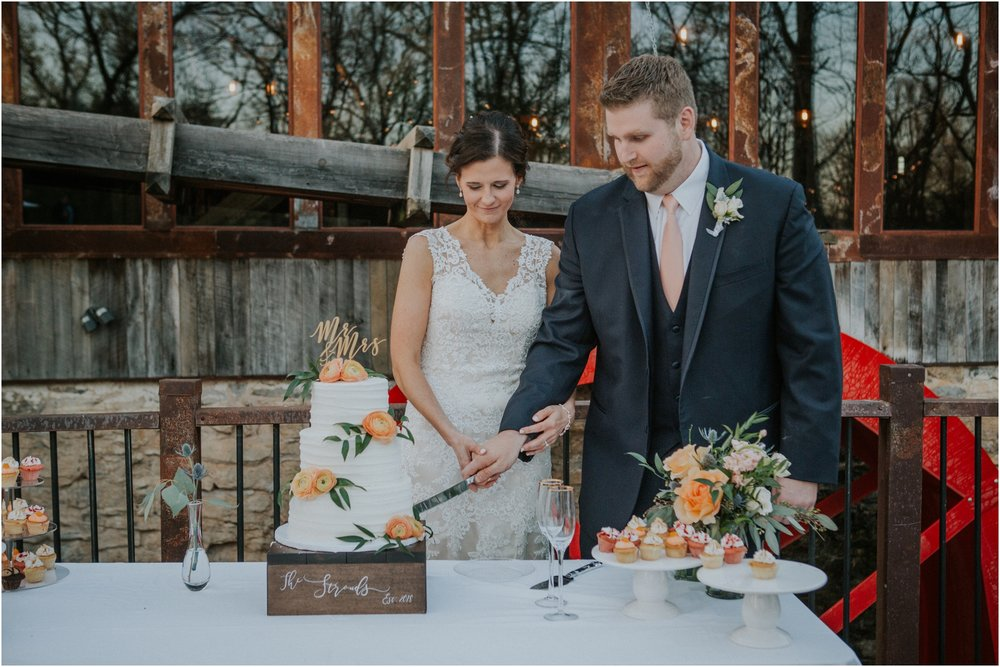 millstone-limestone-tn-tennessee-rustic-outdoors-pastel-lodge-cabin-venue-wedding-katy-sergent-photographer_0164.jpg