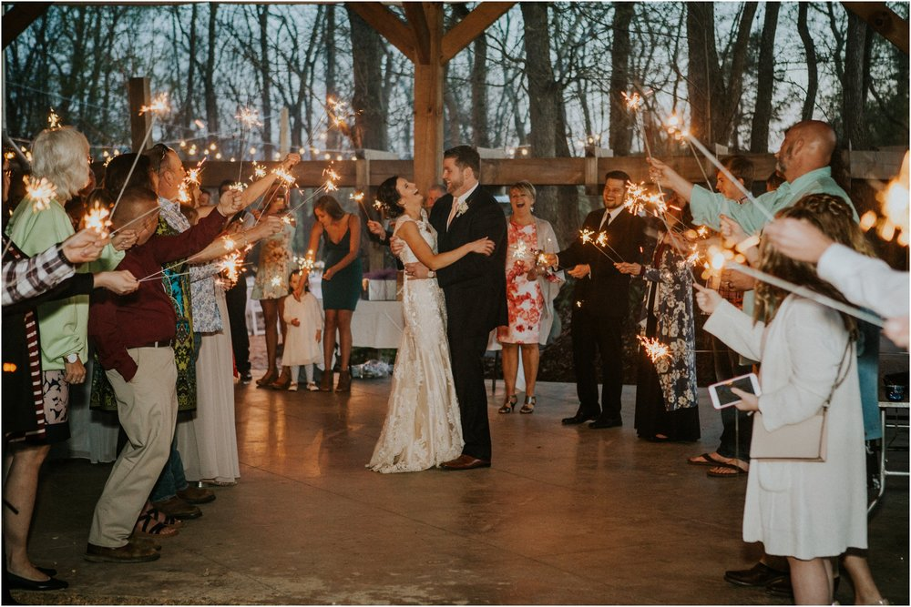 millstone-limestone-tn-tennessee-rustic-outdoors-pastel-lodge-cabin-venue-wedding-katy-sergent-photographer_0172.jpg