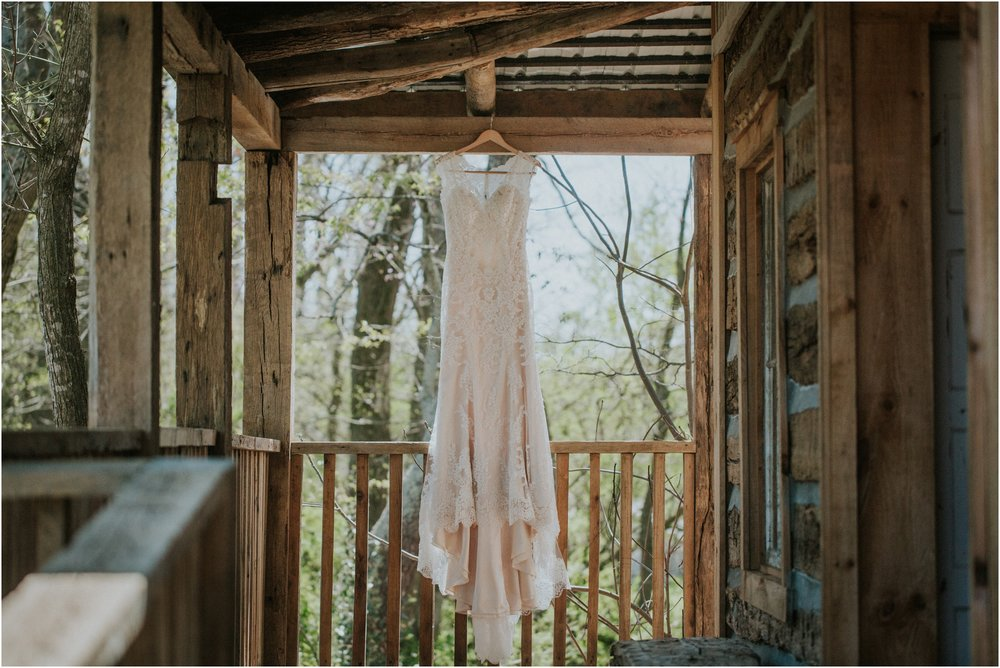 millstone-limestone-tn-tennessee-rustic-outdoors-pastel-lodge-cabin-venue-wedding-katy-sergent-photographer_0178.jpg