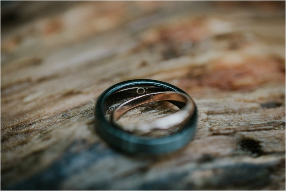 seneca-creek-state-park-maryland-intimate-woodland-wedding-forest-rock-climbing-adventurous-couple_0011.jpg
