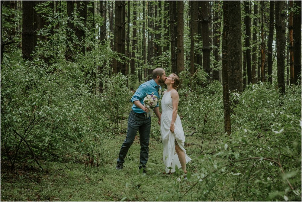 seneca-creek-state-park-maryland-intimate-woodland-wedding-forest-rock-climbing-adventurous-couple_0063.jpg