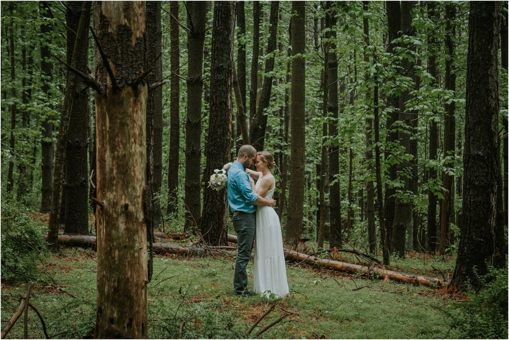 seneca-creek-state-park-maryland-intimate-woodland-wedding-forest-rock-climbing-adventurous-couple_0071.jpg