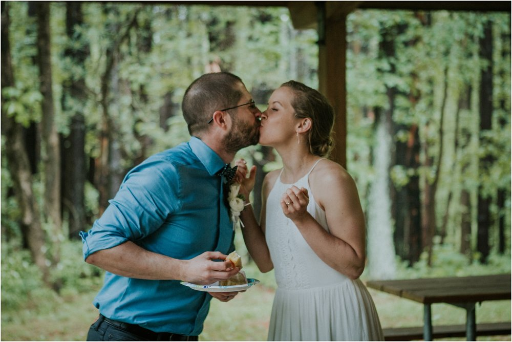seneca-creek-state-park-maryland-intimate-woodland-wedding-forest-rock-climbing-adventurous-couple_0108.jpg