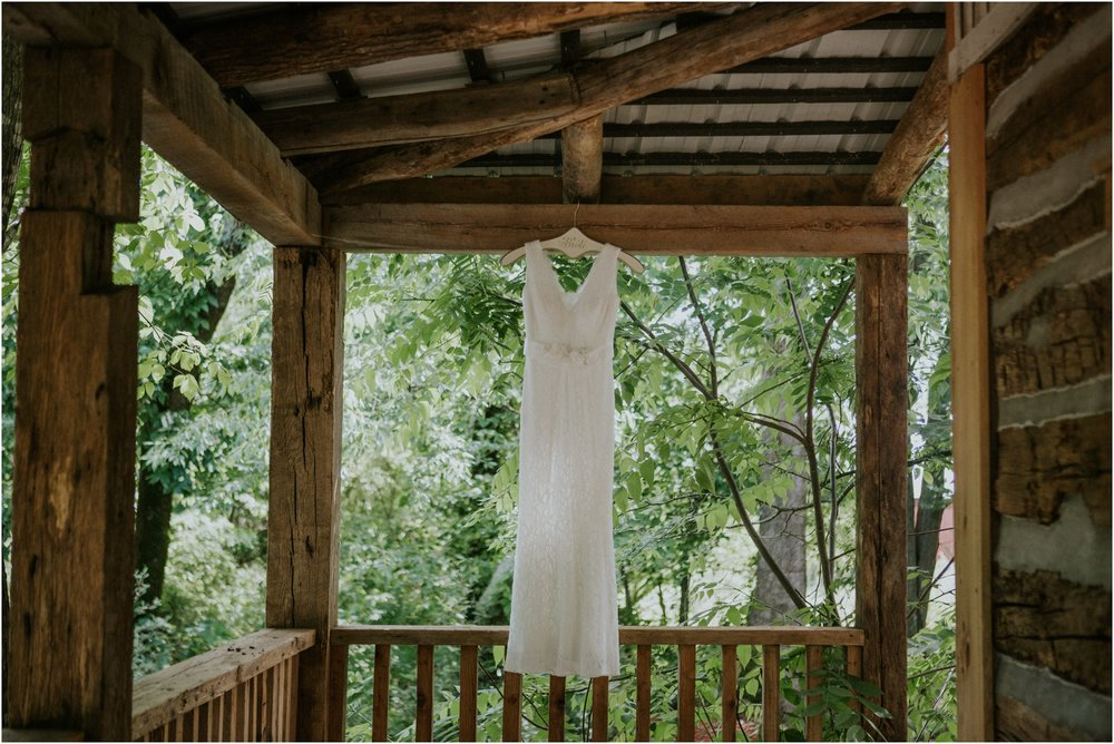 the-millstone-limestone-rustic-intimate-outdoors-backyard-wedding-wildflowers-tennessee_0006.jpg