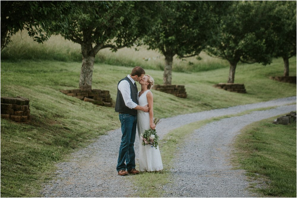 the-millstone-limestone-rustic-intimate-outdoors-backyard-wedding-wildflowers-tennessee_0078.jpg