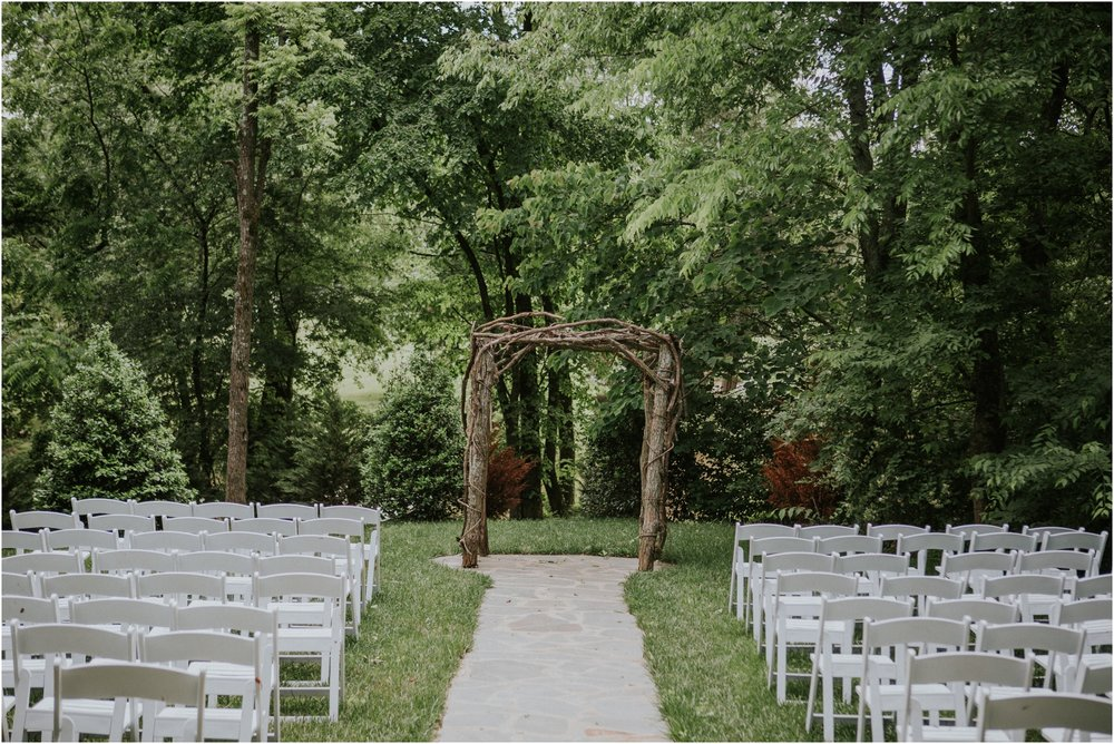 the-millstone-limestone-rustic-intimate-outdoors-backyard-wedding-wildflowers-tennessee_0083.jpg